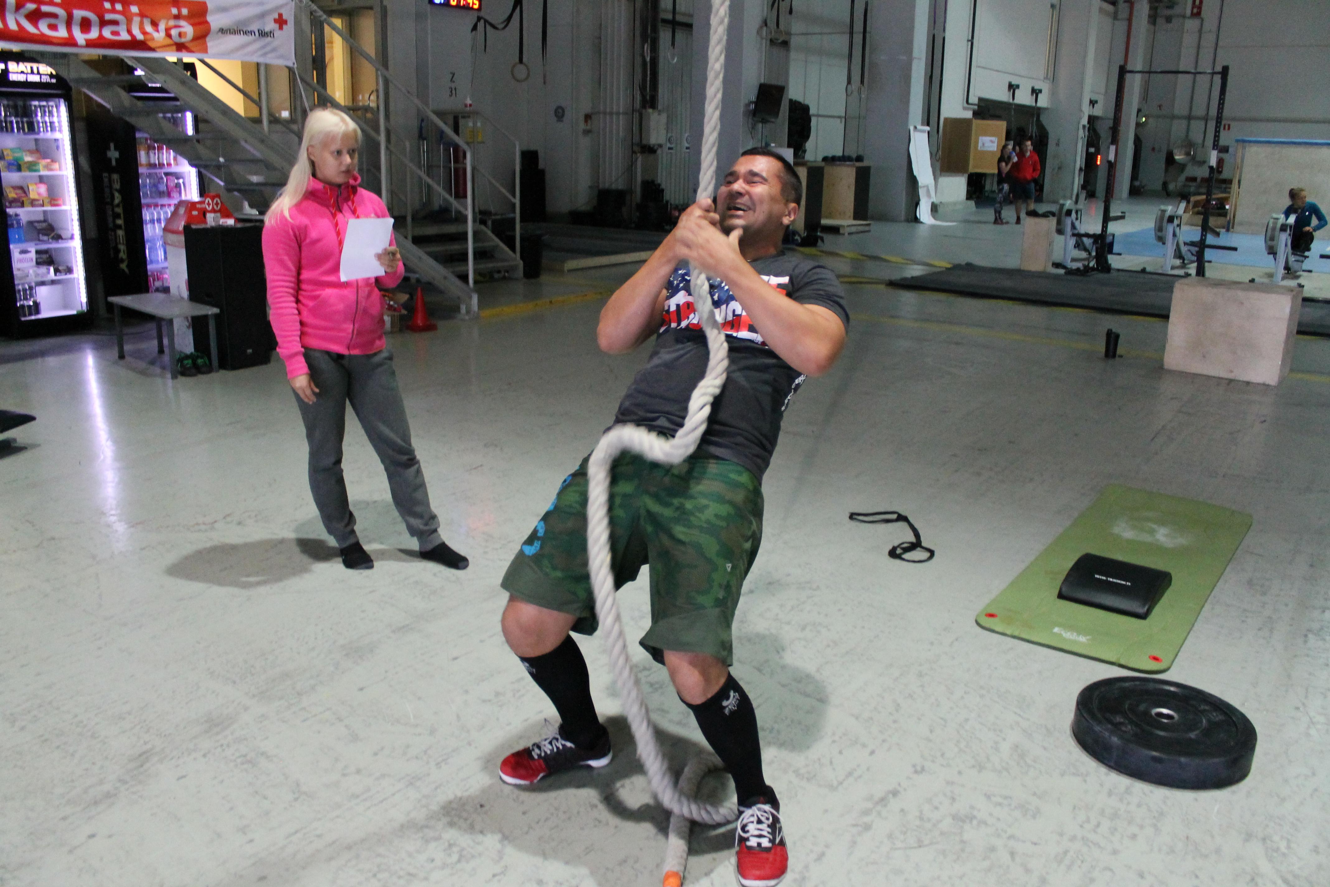 Gymnastic skills ja Bootcamp WOD torstai 19.2.2015